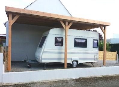 Abri camping car bois adoss auvent pour votre van de for Garage pour camping car en bois