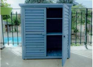 Armoire bois colorée bleu