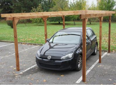 Abri à couvrir en bois traité