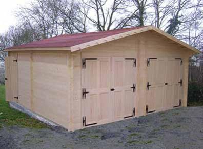 Garage double en bois madrier m2 for Garage prefabrique bois prix