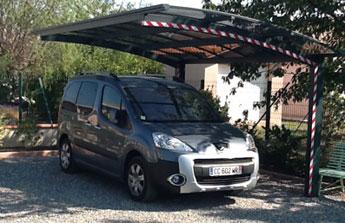 Le mois du carport : un abri pour protéger sa voiture