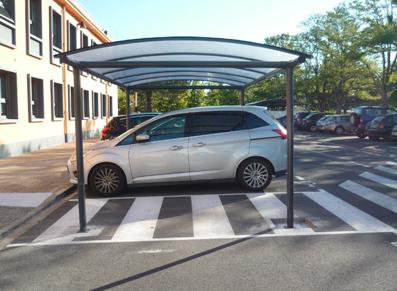 Couvrir une place de parking pour personne à mobilité réduite