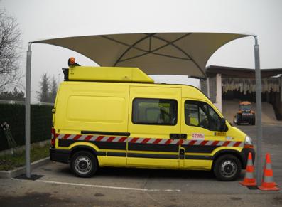Mise en place d'un toit protecteur pour les voitures de la direction des routes de Haute Savoie