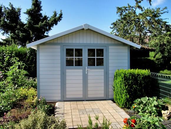 L abri de jardin pvc grosfillex l atout tendance for Cabanon de jardin gris