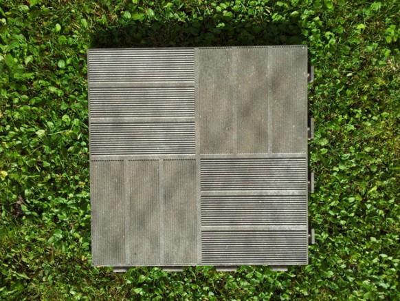 Installer un kit d 39 ancrage grosfillex pour un abri de jardin pvc for Dalle de jardin en pvc