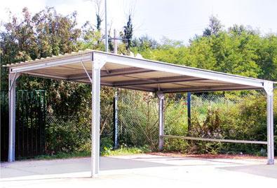Abri métallique structure