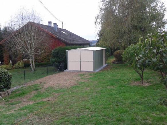 abri de jardin garage métallique vert blanc