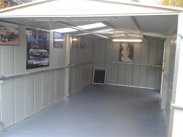 intérieur garage abri métal espace mec