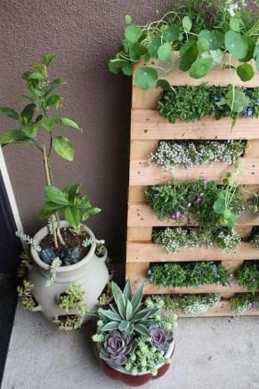 Comment D Corer Un Abri De Jardin Avec Un Mur V G Tal