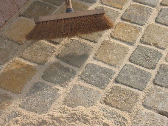 R aliser une all e en dalles dans le jardin quelles tapes d 39 installation - Dosage ciment blanc et sable pour joint ...
