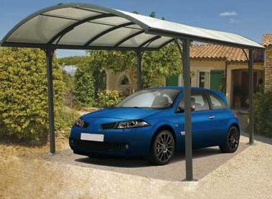 carport robuste et lumineux pour protéger ses voitures