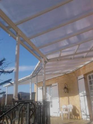Un toit terrasse personnalis pour le perron de sa maison - Couvrir un toit terrasse ...