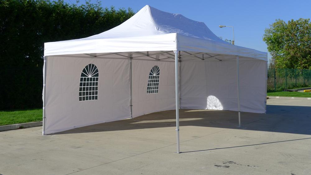 des tentes v nementielles aussi faciles monter qu d monter blog conseil abri jardin. Black Bedroom Furniture Sets. Home Design Ideas
