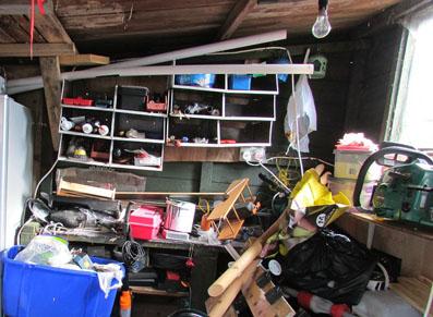 Comment gagner du rangement à l'extérieur avec un abri de jardin ou un garage ?