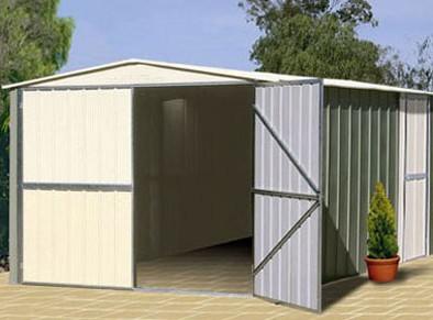 Votre garage métal qui, utilisé en abri de jardin de rangement, soulagera votre encombrement intérieur.