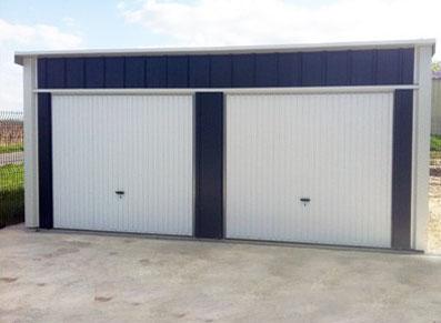 Un garage double pour deux fois plus de rangement dans votre abri de jardin métallique !