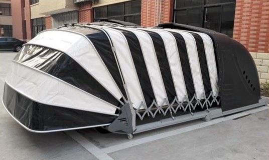 Un garage pliant rétractable en PVC sécurisé