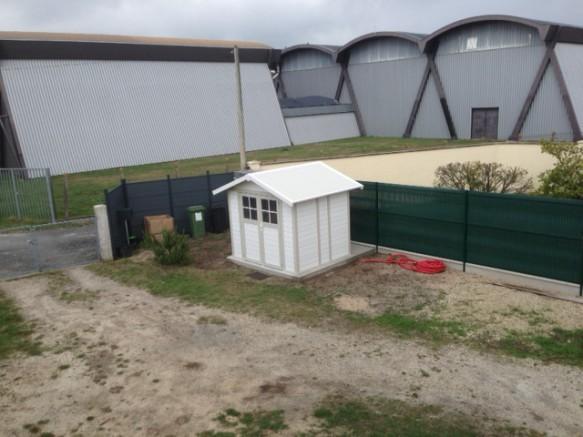 Abri de jardin pro en PVC avec toit double pente