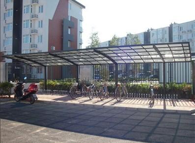 Abri vélos et abri voiture/carport pour les camping et professionnels