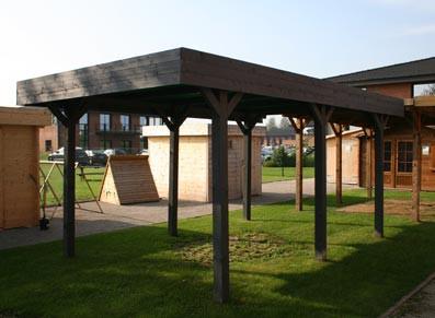 un carport bois six poteaux sous lequel installer un abri vélos