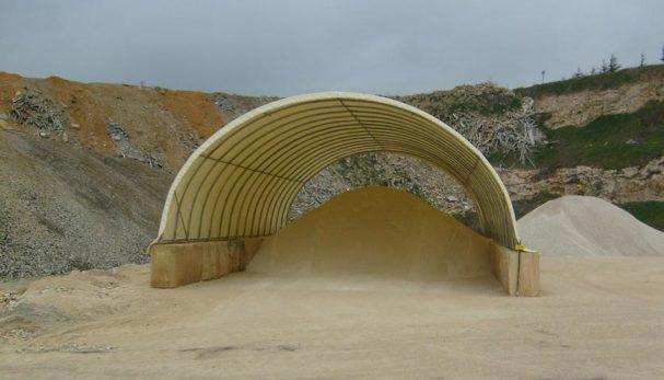 Tunnel de stockage pour chantiers btp blog conseil for Garage tunnel metallique