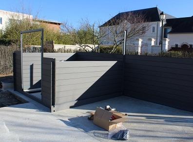 cabanon de jardin en kit partir de lames composites les explications de france abris. Black Bedroom Furniture Sets. Home Design Ideas