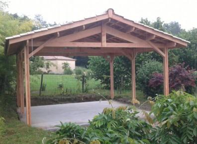 De l'ossature en bois à la charretterie : petit guide pour un abri carport fonctionnel