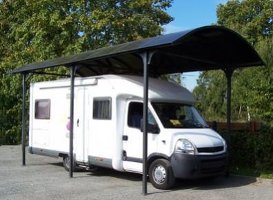Un abri camping-car pour s'éviter un gardiennage coûteux