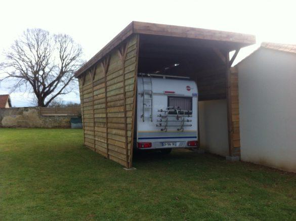 ajouter des bardages son abri camping car en bois. Black Bedroom Furniture Sets. Home Design Ideas