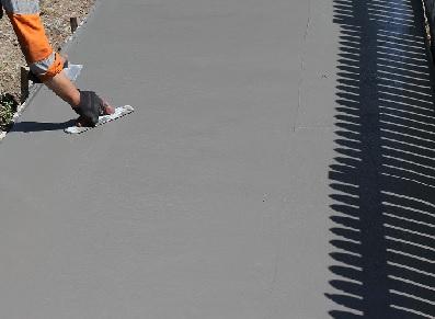 Pourquoi monter votre abri de jardin sur une dalle en béton ?