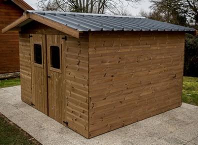 cabane en bois traité haute température
