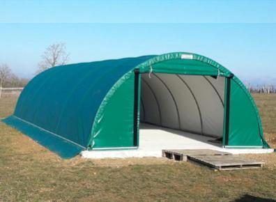 Protégez votre camping-car de façon optimum avec une tente de stockage