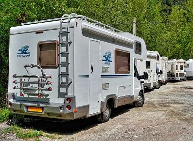 Camping-car cherche carport adapté !