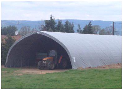 Un tunnel forme basilique de grande hauteur pour stocker sans contrainte