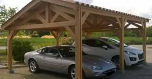 Un carport bois à charpente traditionnelle