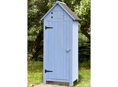 Une armoire en bois dans le jardin, votre atout charme et rangement