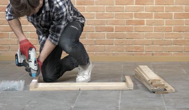 Construire soi même un coffre de rangement en bois