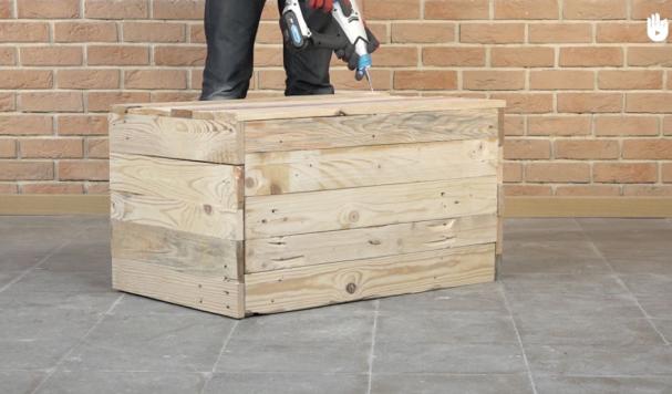 Et si vous fabriquiez vous même un coffre de rangement en bois ?
