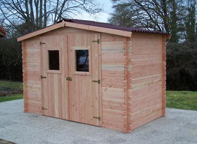 Une maisonnette en bois pour ranger et stocker son matériel de jardinage