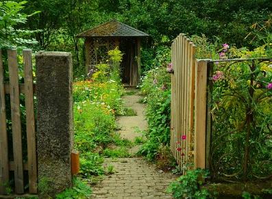 Je veux un abri de stockage pour mon jardin ouvrier !