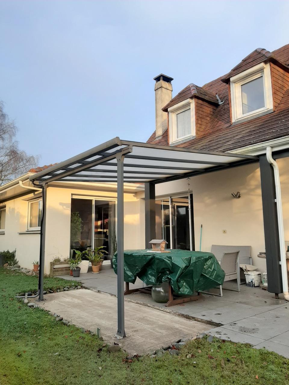 Couvrir Une Terrasse Permis De Construire un toit terrasse métallique : le choix d'un kit pas cher en