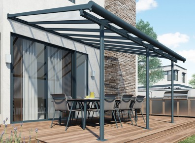 Un toit de terrasse en aluminium pour se protéger du soleil et de la pluie