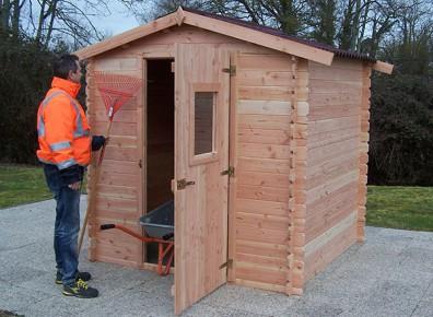 Conserver et protéger dans le temps grâce à un abri de jardin en bois bien isolé