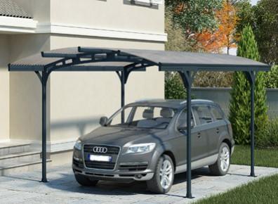 Avez-vous pensé à fermer votre carport pour obtenir un espace clos ?