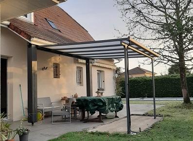 abri pour la terrasse