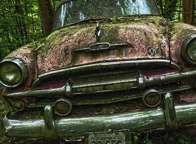 Déconfiner sa voiture : quand son véhicule sort du garage ou du carport en kit !