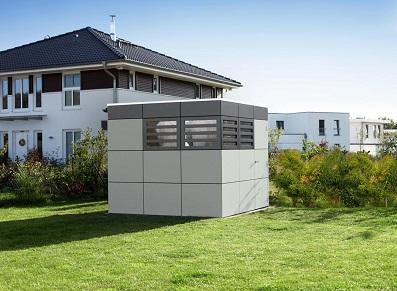 Question/Réponse : pourquoi choisir un abri de jardin en composite bois et ciment ?