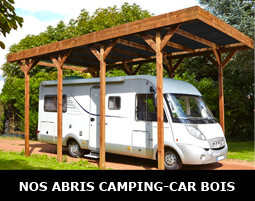 Abri camping-car en bois sur-mesure