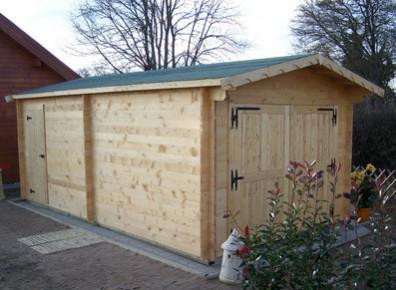 Garage bois garages kit panneaux ou madriers promo for Garage bois autoclave