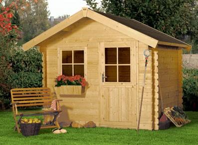 Aménagez votre jardin un abri bois en madrier de 28 mm
